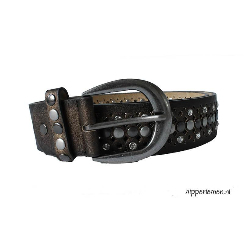 bruine-riem-met-studs-en steentjes-hip