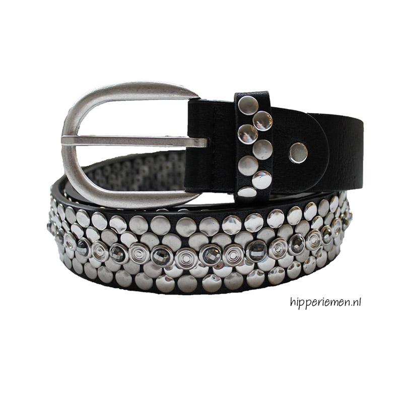 riem-met-zilveren-studs-zwart